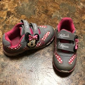 Other - Minnie Mouse Sneakers Size 10